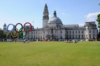 Cardiff_city_hall,_Olympics