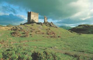 Dolwyddelan_Castle_Cadw