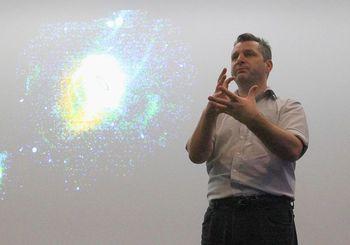 800px-2012-09-17_Prof_Geraint_Lewis