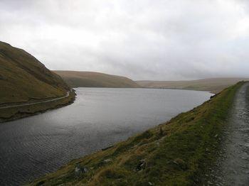 Claerwen_Reservoir_-_geograph.org.uk_-_627896