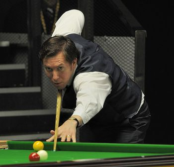 Dominic_Dale_at_Snooker_German_Masters_(DerHexer)_2013-01-30_03