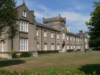 University_of_Wales,_Lampeter._-_geograph.org.uk_-_423417