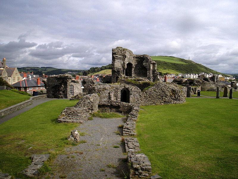 800px-Aberystwyth_Castle_01