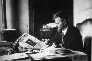 Trotsky_militant